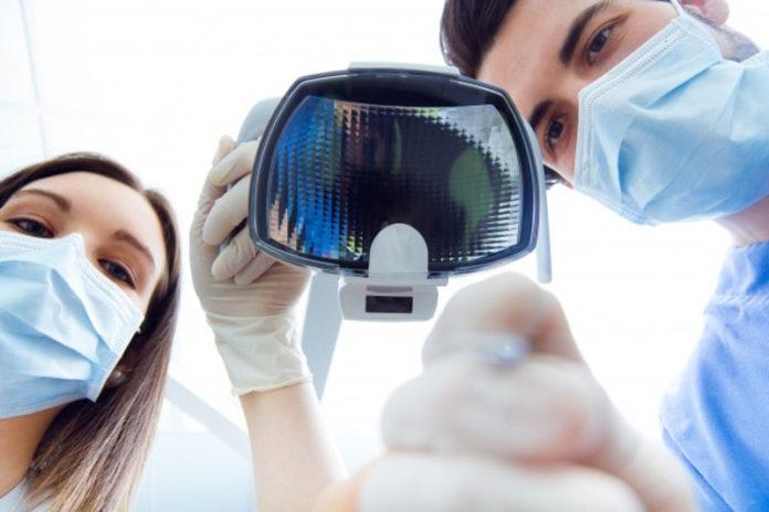 Dentistas en Alcalá de Henares. Limpieza dental profesional1