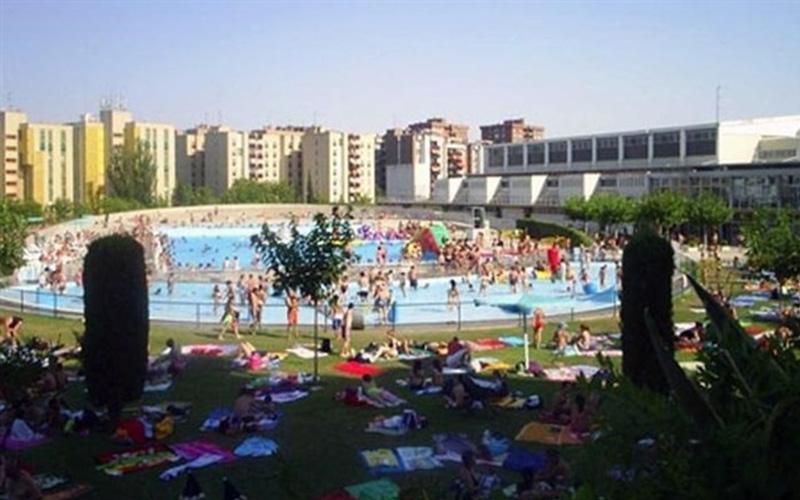 Piscinas publicas otro piscinas publicas roca gallery en for Piscinas publicas zaragoza