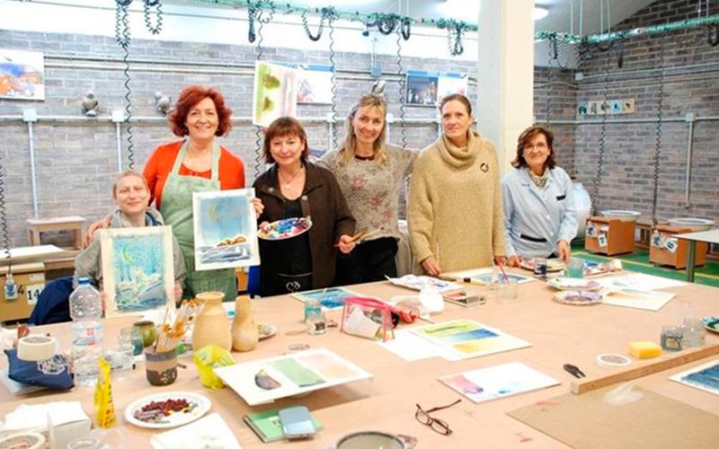 Los nueve cursos organizados por el taller escuela de for Curso de ceramica madrid