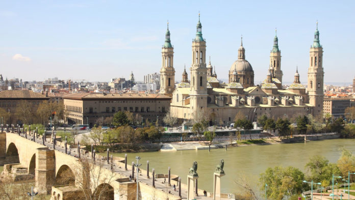 dormir en Zaragoza