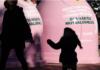 contenedores rosas contra el cancer de mama