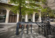 Zaragoza párking patinetes eléctricos Zicler