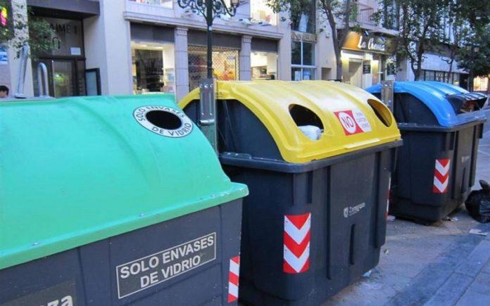 Zaragoza sanciones basura fuera de los contenedores