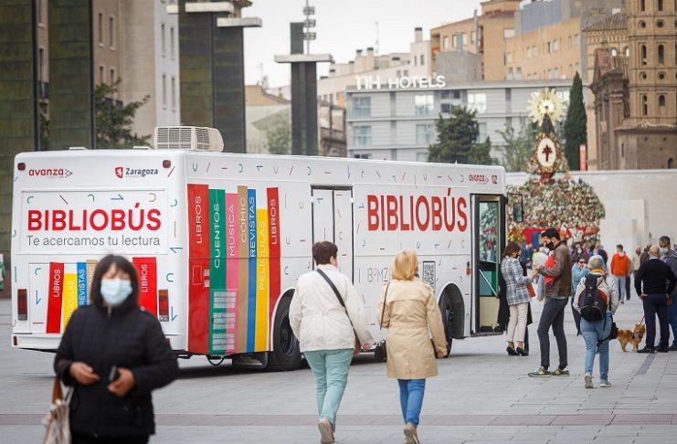 Bibliobús barrios imagen renovada